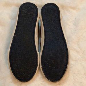 Tommy Hilfiger Shoes - Boys Tommy Hilfiger slip on shoes